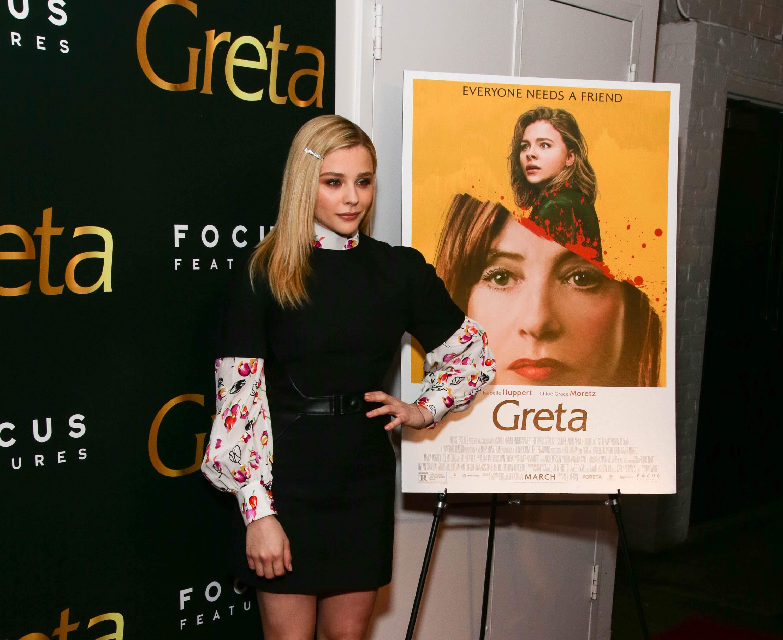 Chloe Moretz at Greta screening in NYC : サイコ・スリラー映画の最新主演作「グレタ」のニューヨークでの特別上映会のクロエ・モレッツちゃん ! !