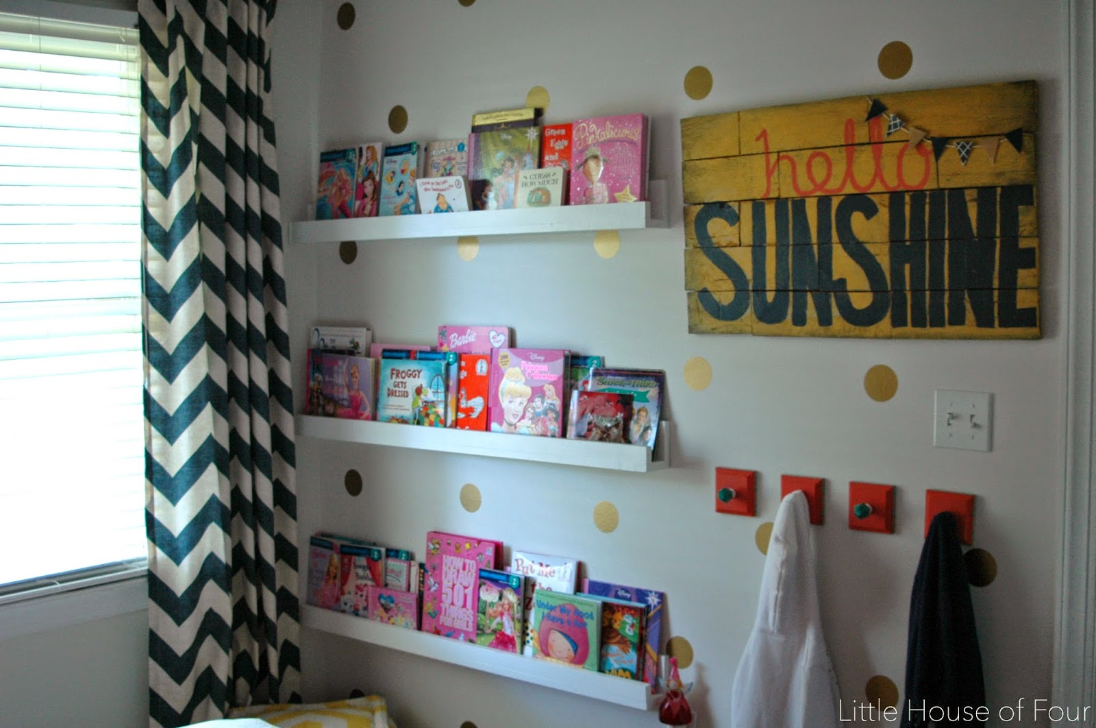 DIY wall ledges and pallet sign
