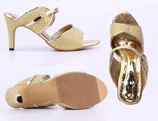 Catenzo sandal high heels yang dirancang eksklusif