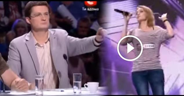 VIDEO: Juri Mengentikan Dia Terus Menyanyi Kerana TAK PERCAYA Itu Suara Aslinya !