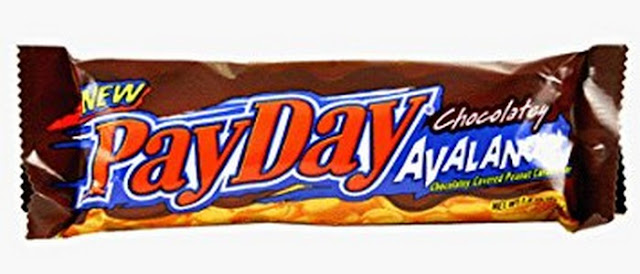 does a payday candy bar have chocolate