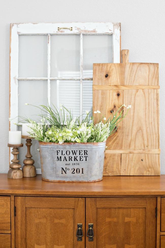 DIY metal flower bucket