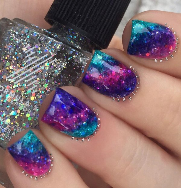 25+ Amazing Colorful Rainbow Nail Art Ideas