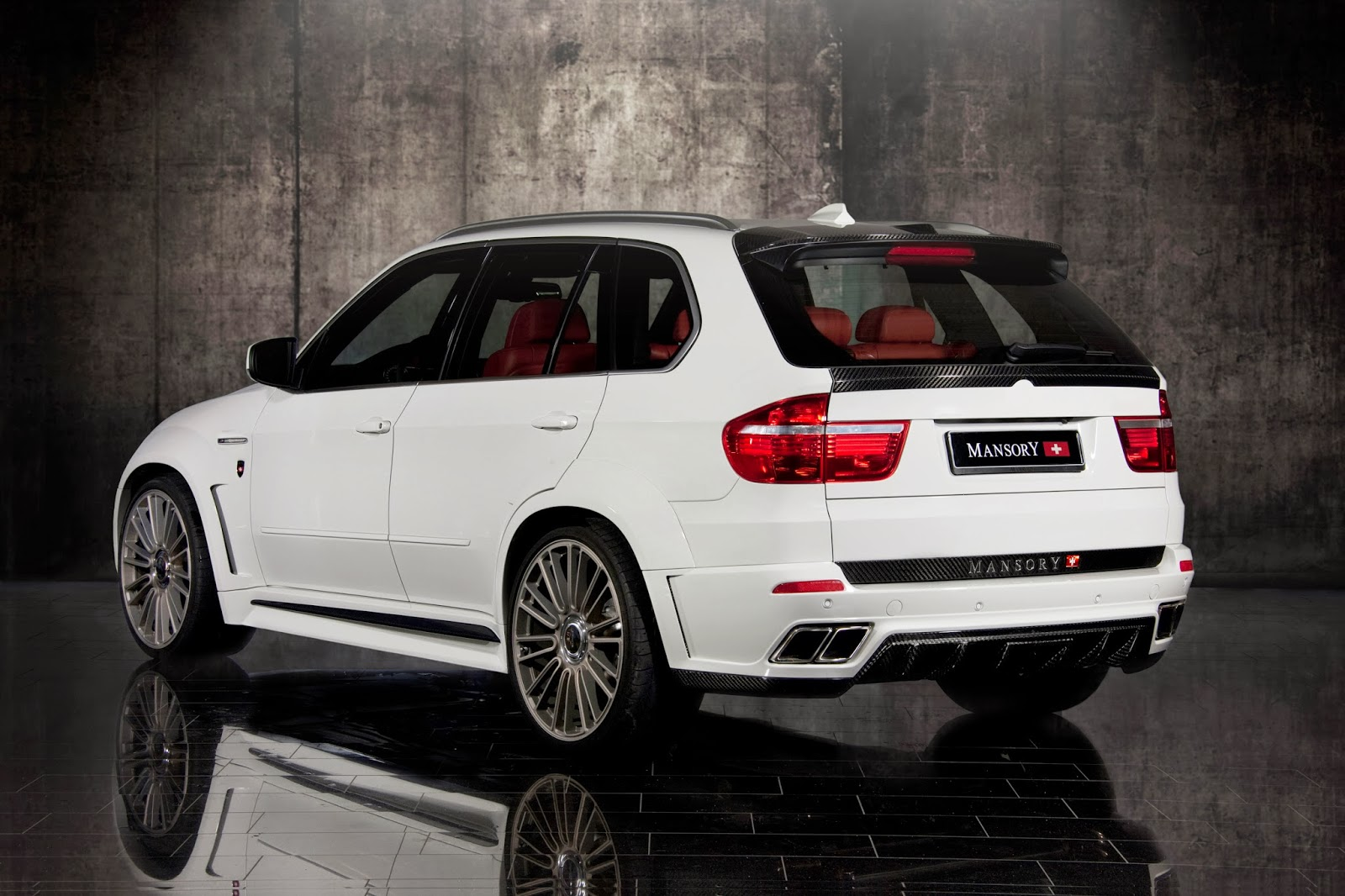 bmw x5 e70 passions for life. Black Bedroom Furniture Sets. Home Design Ideas