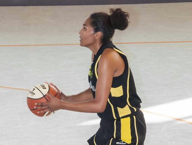 Baloncesto | El Barakaldo EST incorpora a su primera plantilla a la pívot Jessica Gallegos