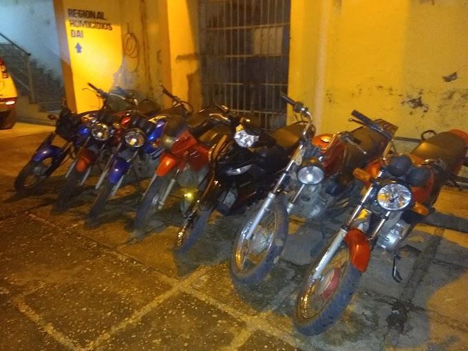 NA MIRA - Polícia Civil de Caxias apreende sete motocicletas roubadas