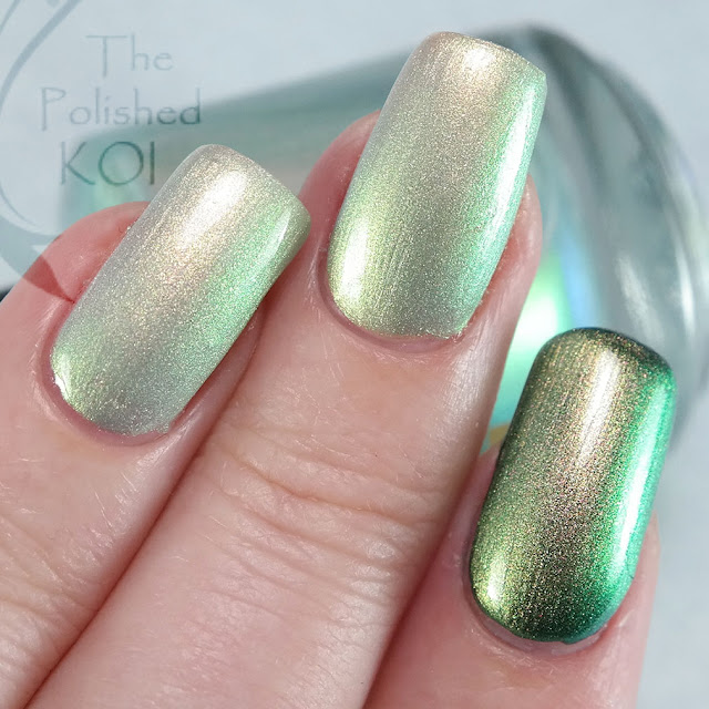 Bee's Knees Lacquer - Luna's Horn