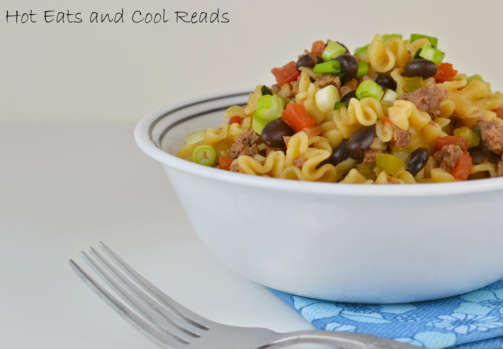 Ready in less than 30 minutes and delicious! Sure to be a new family favorite! Beefy Black Bean Taco One Pot Pasta from Hot Eats and Cool Reads