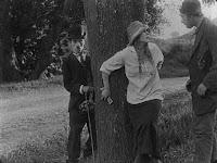 "Кадр из фильма Чарли Чаплина ""Бродяга"" / The Tramp (1915) - 4"