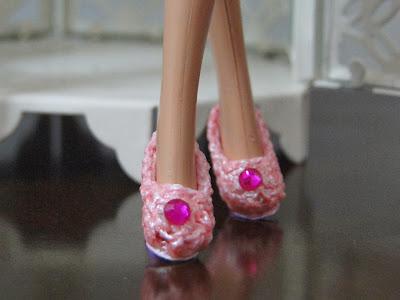 Sapatinhos de Crochê Para Barbie por Pecunia Milliom 3