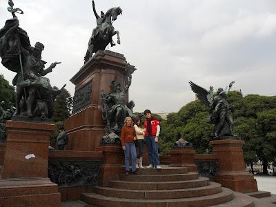 Plaza San Martin; Argentina; Buenos Aires; conhecendo a América Latina;