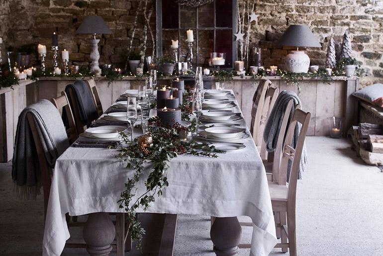 inspiración-mesas-navidad-acabados-rusticos-cabaña-montaña