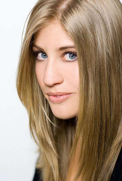 straight-dirty-blonde-hair