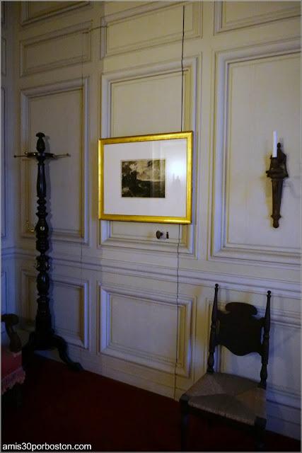 Puerta Secreta del Dormitorio del Señor Vanderbilt en la Mansión The Breakers, Newport