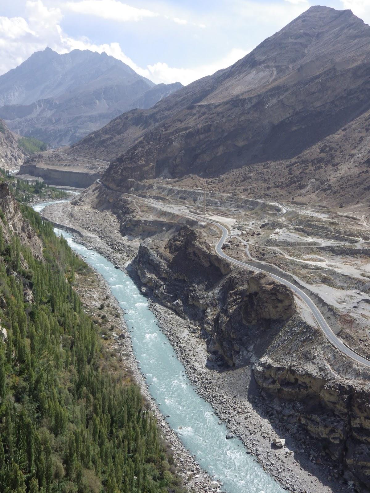 Karakoram Highway Pakistan to China Karakoram Highway Pakistan to China new picture