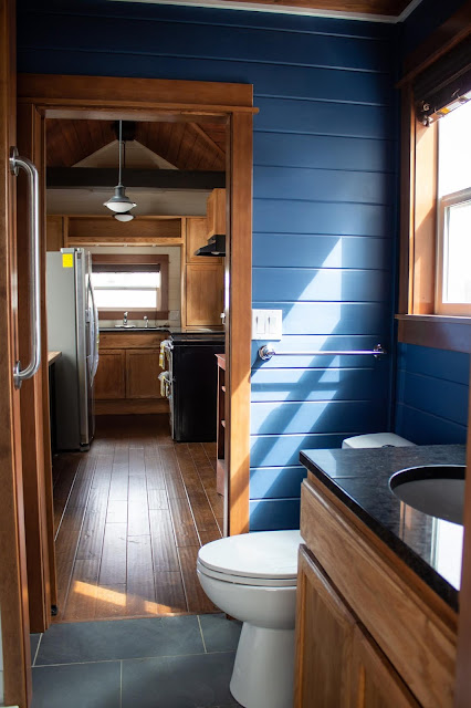 Pioneer tiny house - Tiny Heirloom