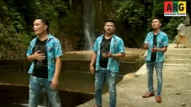 Tudos Tugalas - Orvala Trio batak