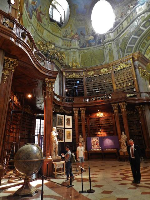 biblioteca nazionale vienna