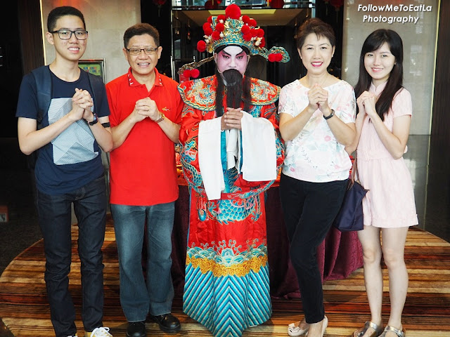 Gong Xi Fai Cai Wishing The Sweetest Perfect Reunion & May Your Family Be Made Complete, Blessed With Love, Health & Prosperity