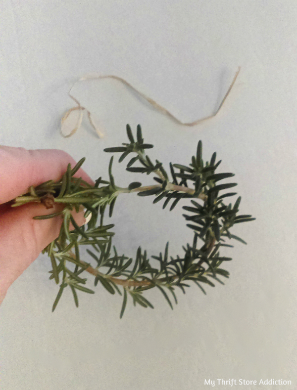 rosemary mini wreath tutorial