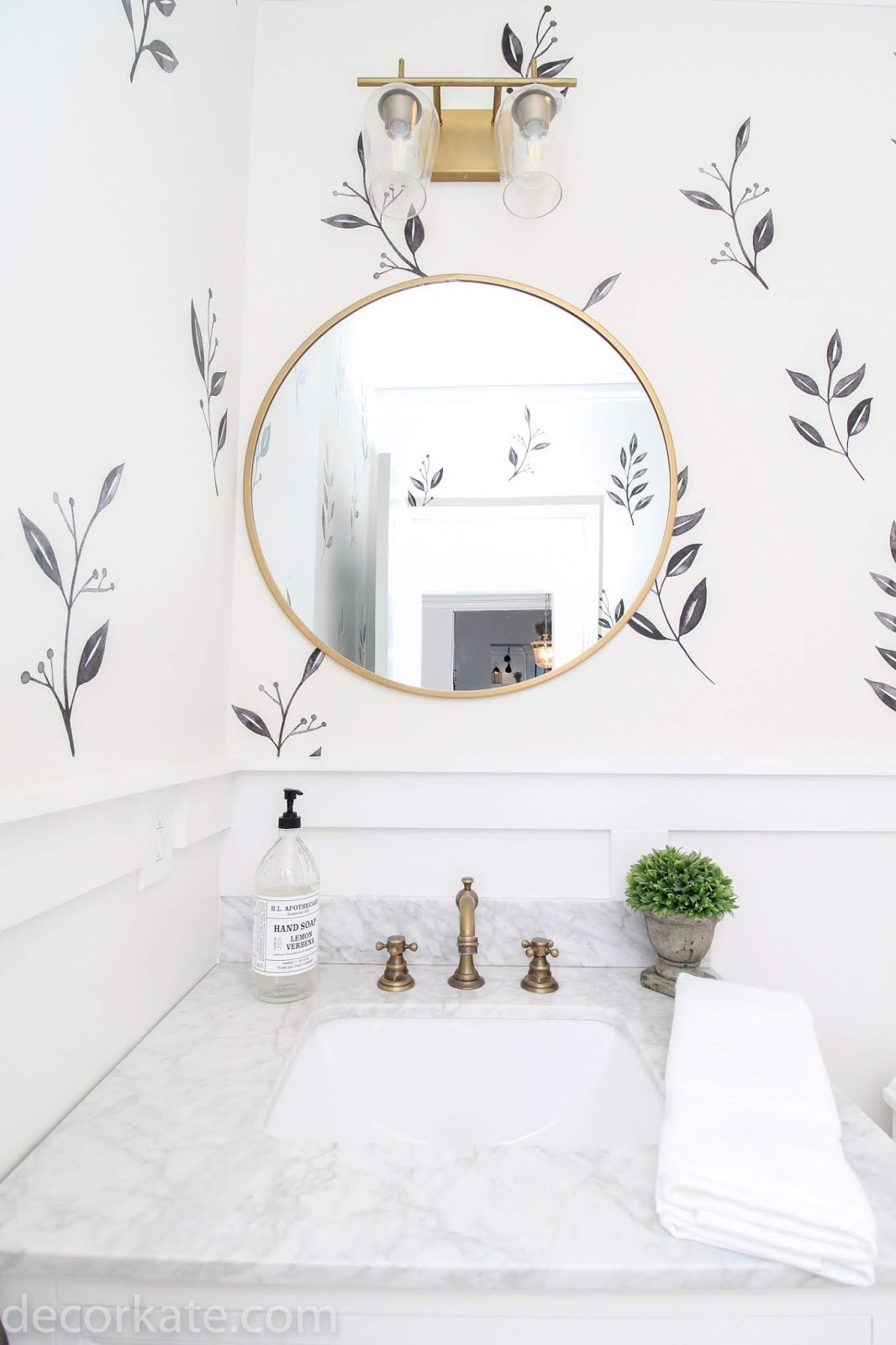 Adding design to walls without wallpaper