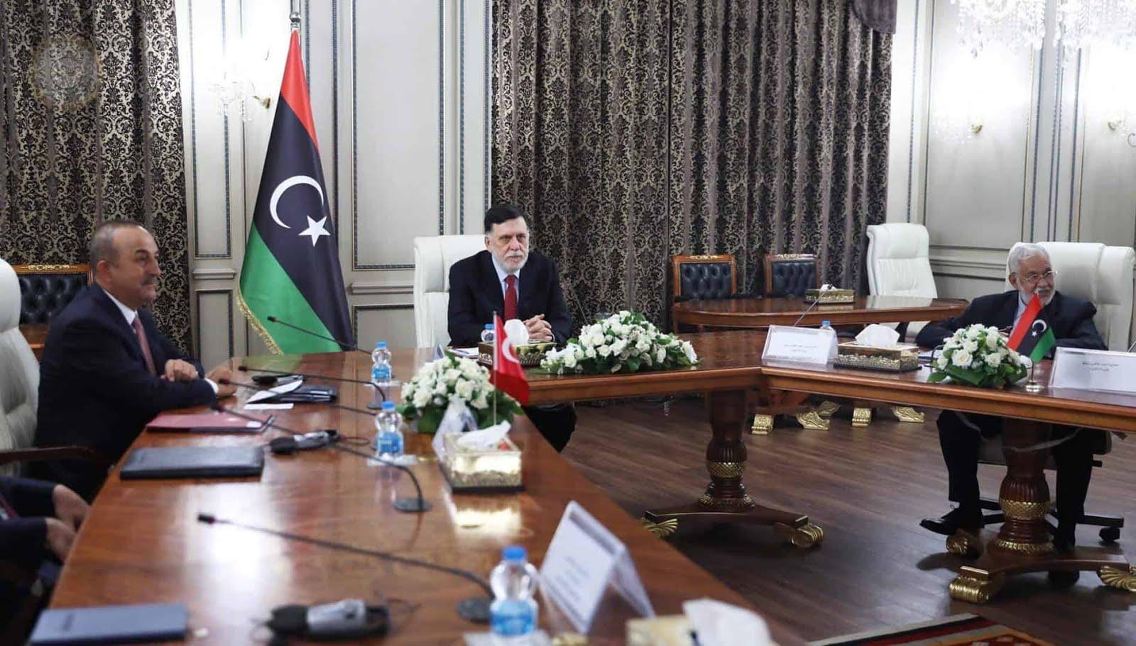 السراج-والوفد-التركي-يبحثان-التسوية-الليبية-والتعاون-العسكري-والاقتصادي