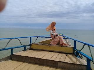 Pantai watu bale kebumen tebing titanic
