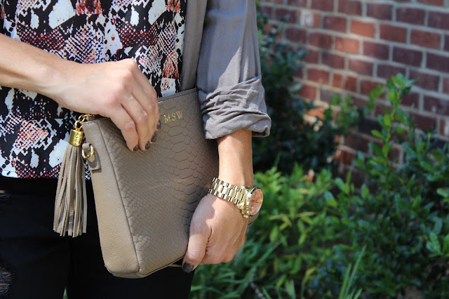 easy fall layering, gigi new york clutch
