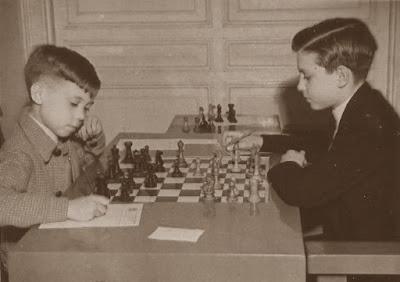 Partida de ajedrez Anguera vs. Sales en el Torneo Infantil de Barcelona 1949