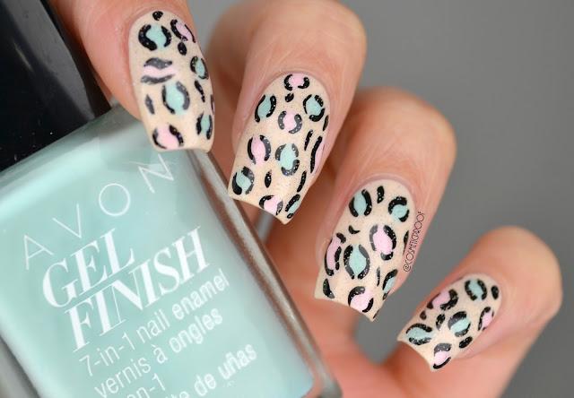 Nude Leopard Print Nail Art