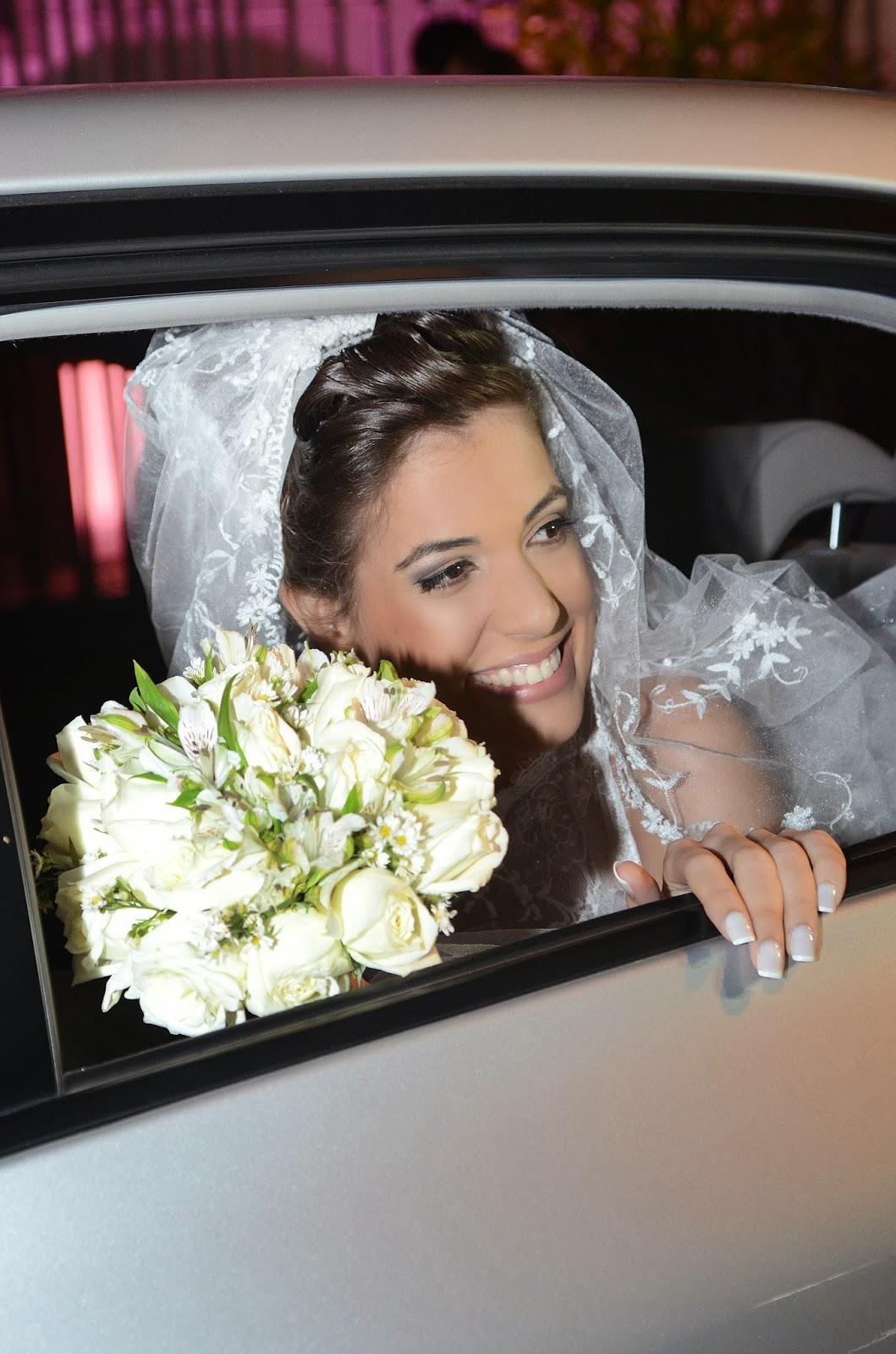 noiva - carro da noiva - bouquet