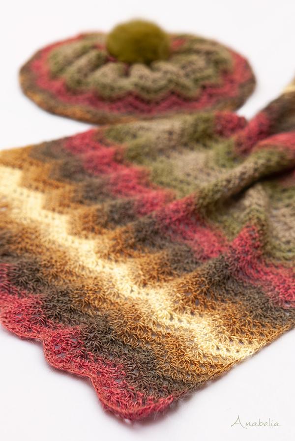 Light Chevron stitch free pattern scarf and hat, Anabelia Craft Design