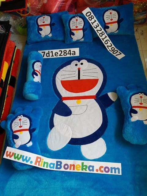 Karpet karakter Doraemon Fullset Rina Boneka