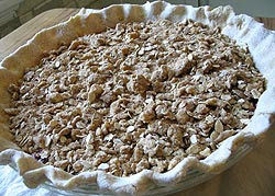 Concord grape pie streusel topping
