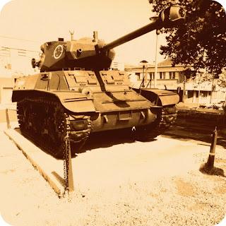 Tanque Militar de Guerra, em Erechim