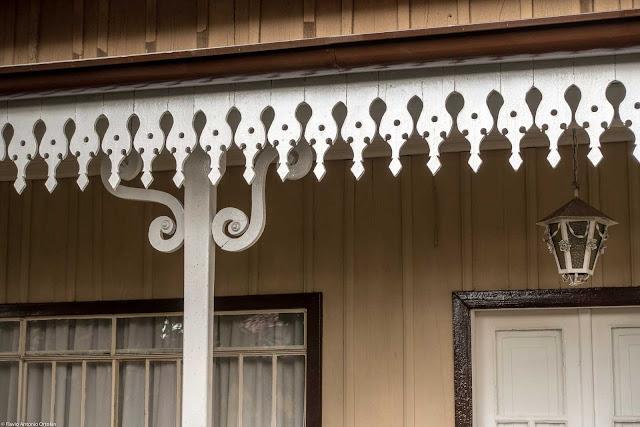 Casa Dalla Stella - detalhe dos lambrequins