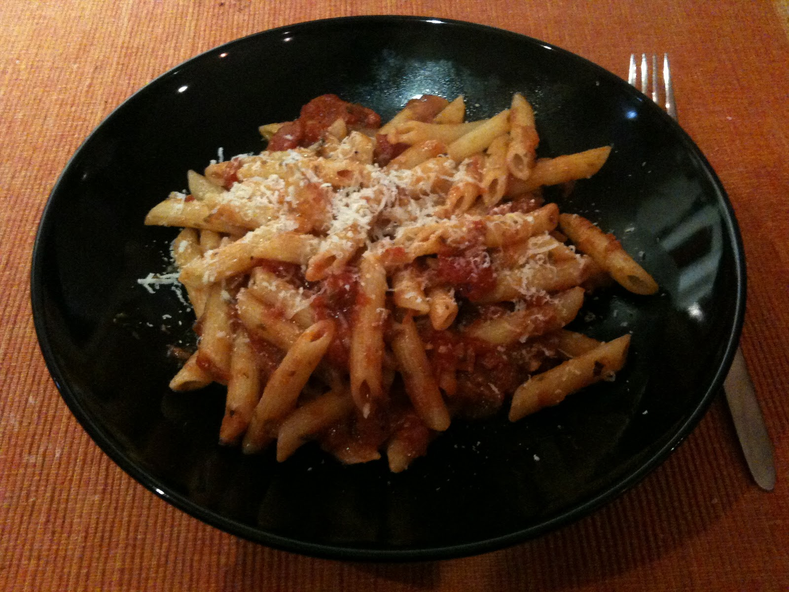 365 rezepte every day a new meal 21 februar 2011 penne mit tomatensauce mit sardellen. Black Bedroom Furniture Sets. Home Design Ideas