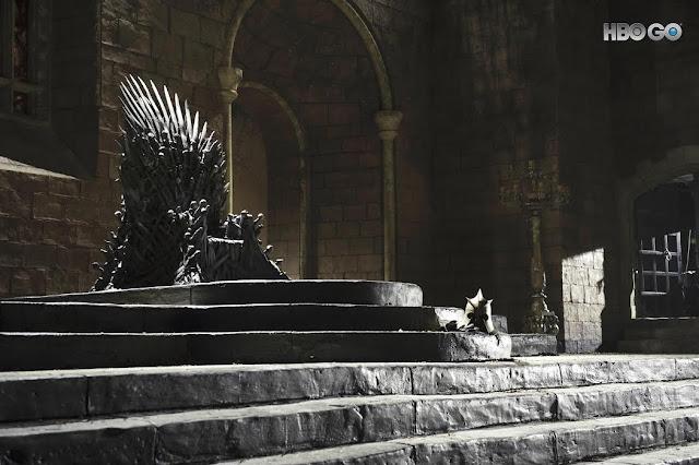 Július 17-én, az amerikai premierrel egy időben az HBO GO-n is folytatódik az HBO nagysikerű fantasy sorozata, a Trónok harca. A hét részes hetedik évadban a sokszor emlegetett Tél megérkezett, és végre megindul a csata a Vastrónért és a Hét királyságért. Amíg kiderül, hogy Daenerys, Havas Jon, Cersei vagy az Éjkirály foglalja-e el a trónt, addig itt a lehetőség, hogy egy rövid időre Te légy Westeros ura vagy úrnője.