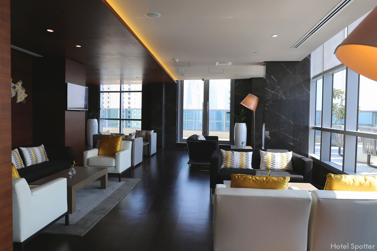 InterContinental Dubai Marina - Club Lounge - recenzja