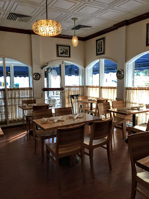 Athena Cafe & Bar in Nassau, Bahamas - curiousadventurer.blogspot.com