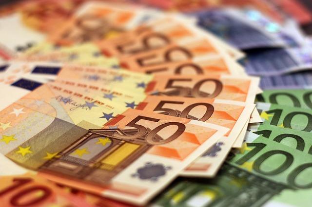 ganar mil euros al mes