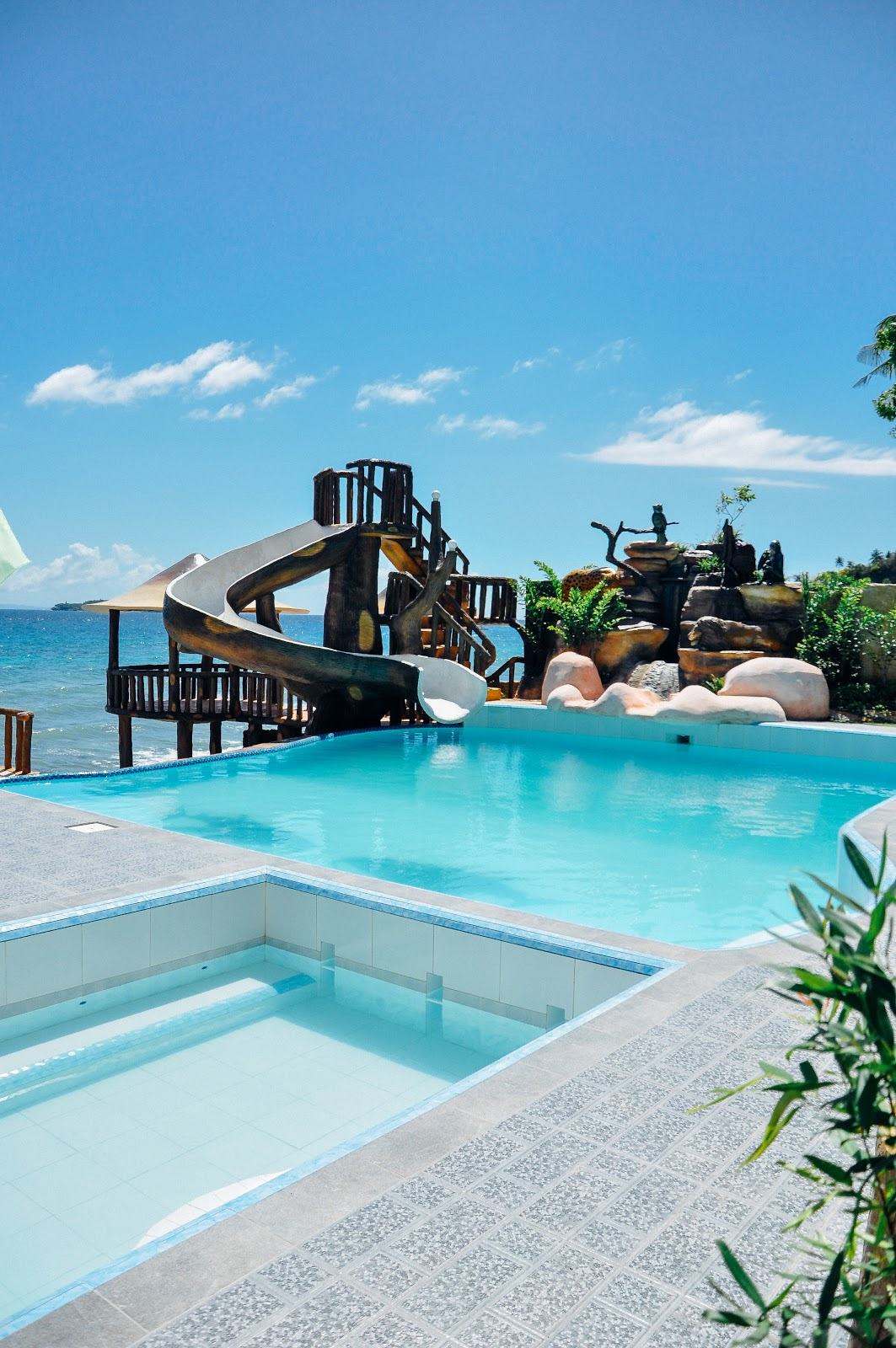 Oslob cebu resorts for Cheap hotels in cebu city with swimming pool