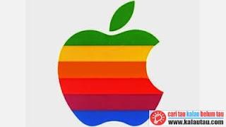 kalautau.com - Logo Apple ketika tahun 1976 dibuat oleh Rob Janoff dengan tema warna pelangi yang digunakan hingga 1998
