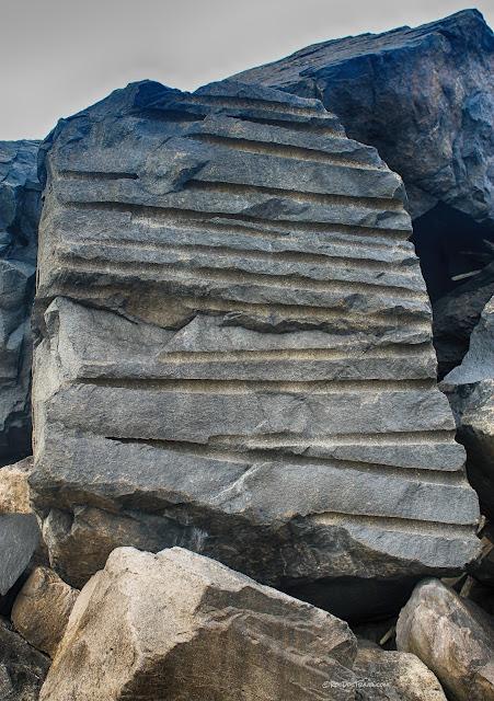 Columbia River mouth Astoria Oregon Washington Fort Stevens Lewis and Clark jetties geology travel trip copyright rocdoctravel.com