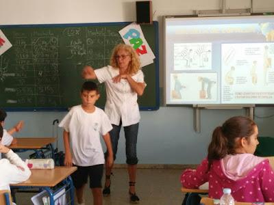 http://ceipadolfodecastro.blogspot.com.es/2016/10/taller-de-espalda.html