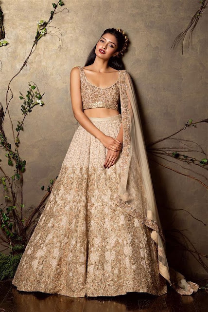lehangas for tan skin tone, bridal with tan skin tone, wedding outfits for dull skin colour, partywear dresses for tan and wheatish skin colour, sanvli dulhan dresses, dusky bridal, lehanga for dusky skin tone