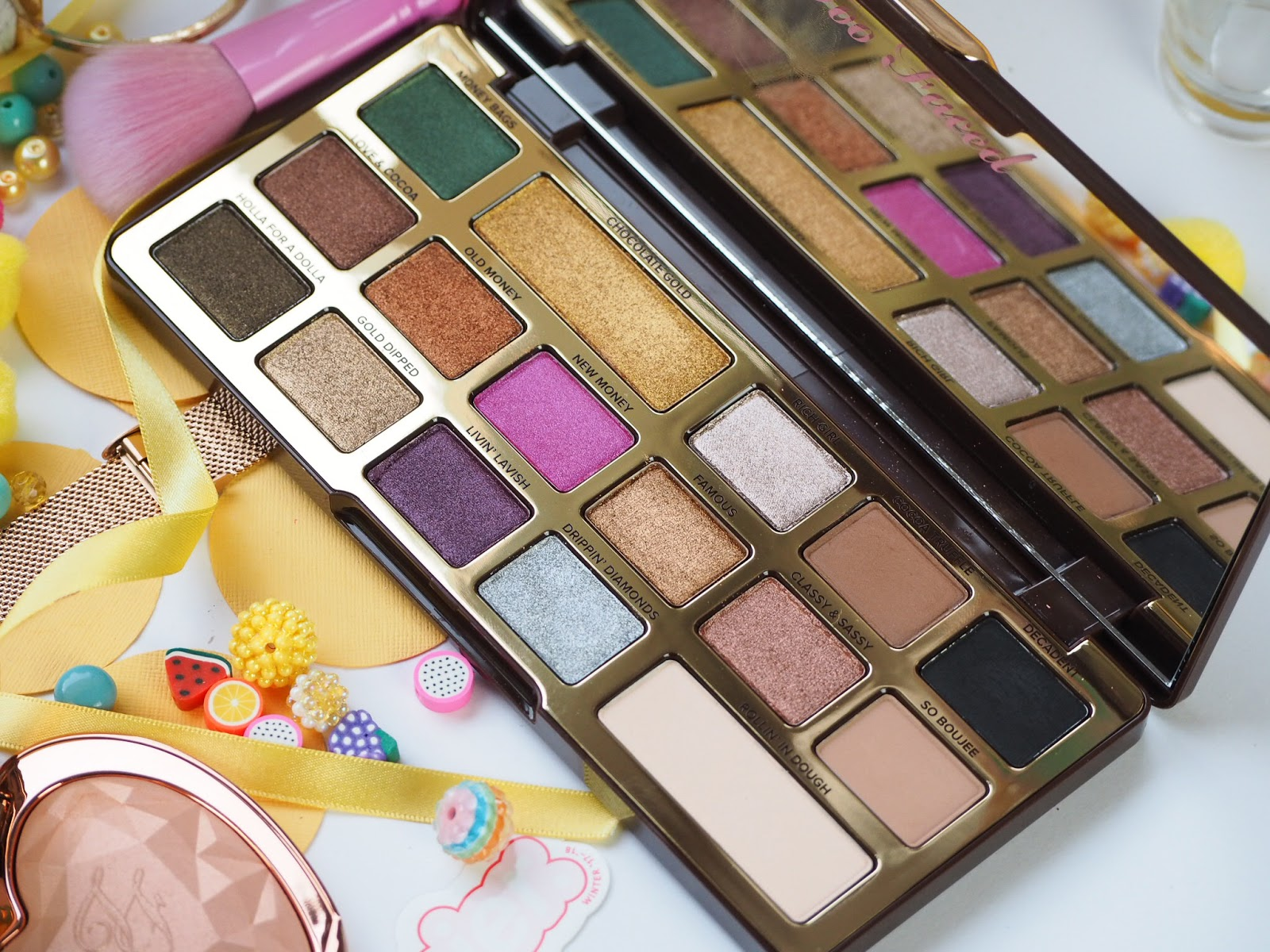 Too Faced: Chocolate Gold Palette Review + Swatches Bar, metallic, beautiful