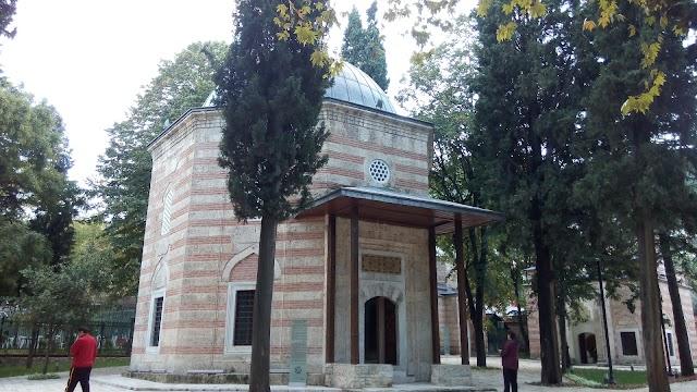 ŞEHZADE MUSTAFA TÜRBESİ/MURADİYE KÜLLiYE'Sİ