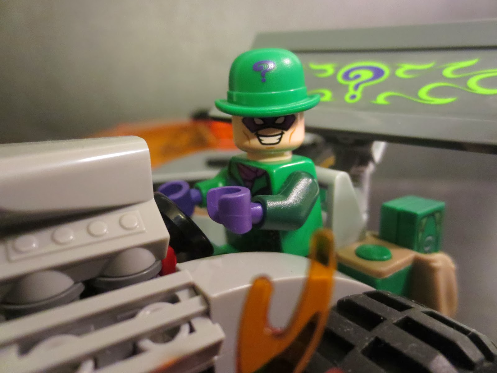 3e16d2230bf Lego Review  Batman  The Riddler Chase from DC Comcis Superheroes by Lego