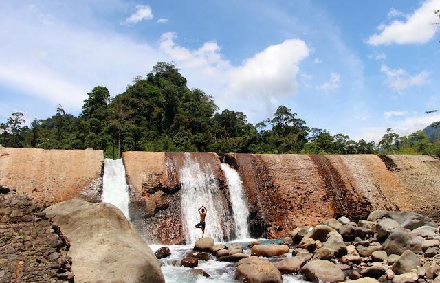 Batu Busuk Padang